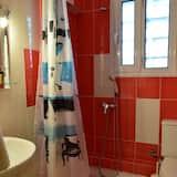 Basic Suite - Bathroom