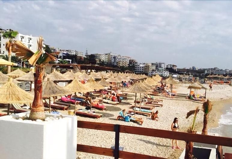 Saranda International, Sarandë, Beach