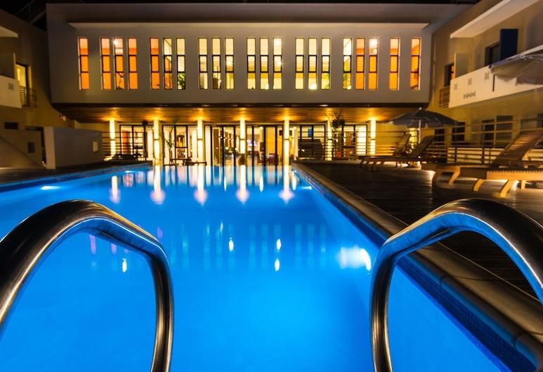 Onomo Hotel Lome, Lome, Zwembad