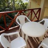 Departamento, 2 habitaciones, balcón, vista al jardín - Balcón