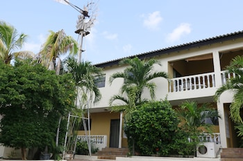 Picture of Hersher Studios & Apartments in Willemstad