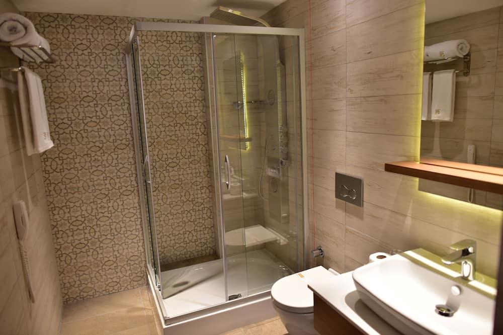 Номер «Делюкс» (1 двоспальне або 2 односпальних ліжка) - Ванна кімната