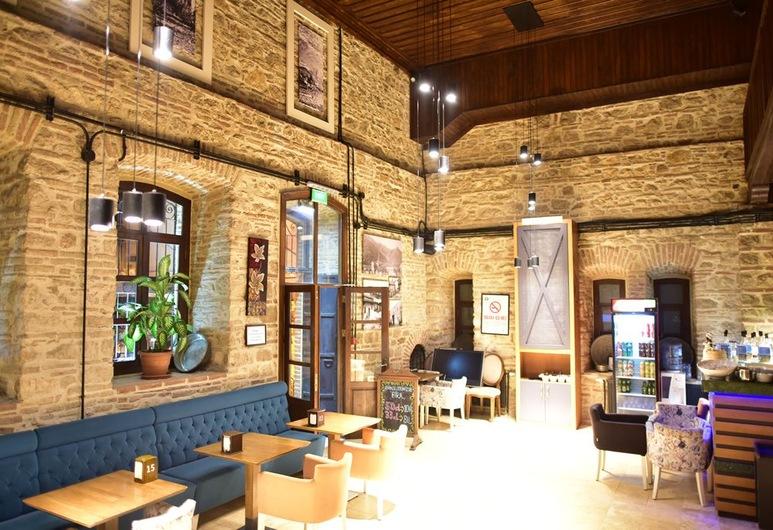 جيريتليجيل هوتل, مانيسا, مطعم