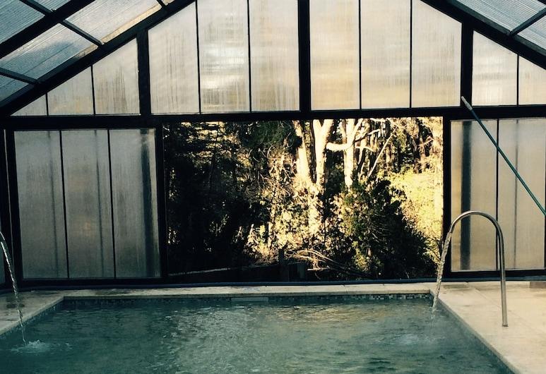 Del Caballero Castillo Hotel, Villa La Angostura, Hồ bơi trong nhà
