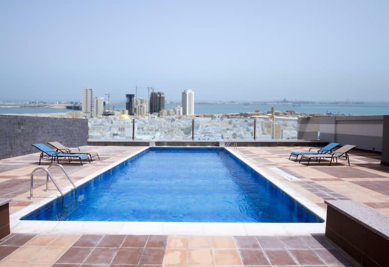 أجنحة بيلير التنفيذية, المنامة, حمام سباحة على السطح