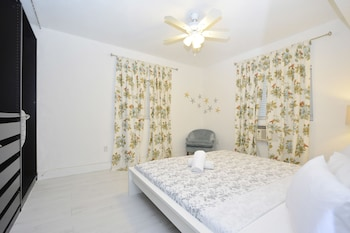 Picture of Art Deco Studio Apartments in Miami Beach