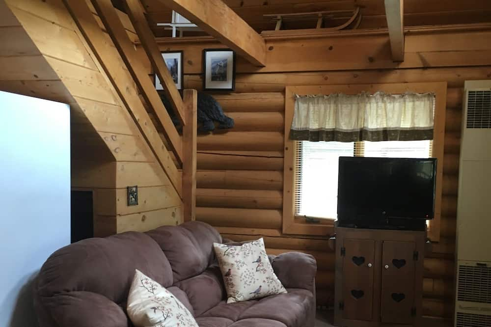 เบสิกเคบิน, 2 ห้องนอน - พื้นที่นั่งเล่น