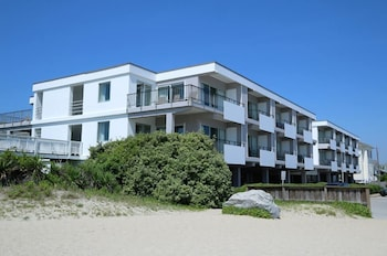 Picture of Silver Gull Motel in Wrightsville Beach