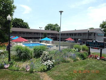 Picture of White Rose Motel in Hershey