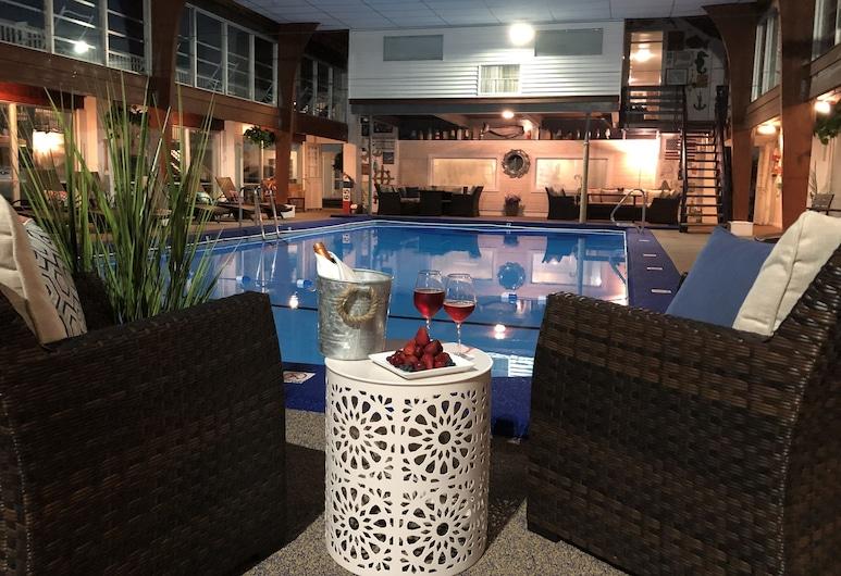 Hyannis Inn, Hyannis, Krytý bazén