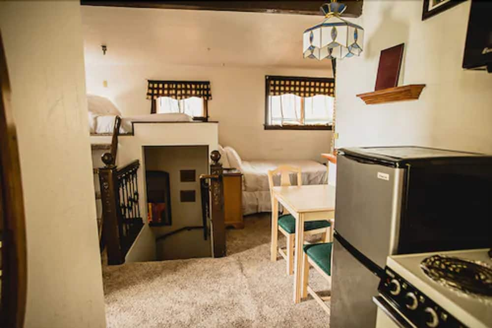 شقة إستديو سوبيريور - سرير كبير - بمطبخ - منطقة المعيشة