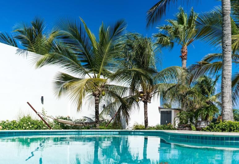 Cas Elizabeth, Noord, Garden Apartment with Pool, Terrace/Patio
