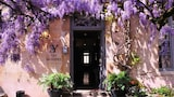 Choose This 2 Star Hotel In Vezelay