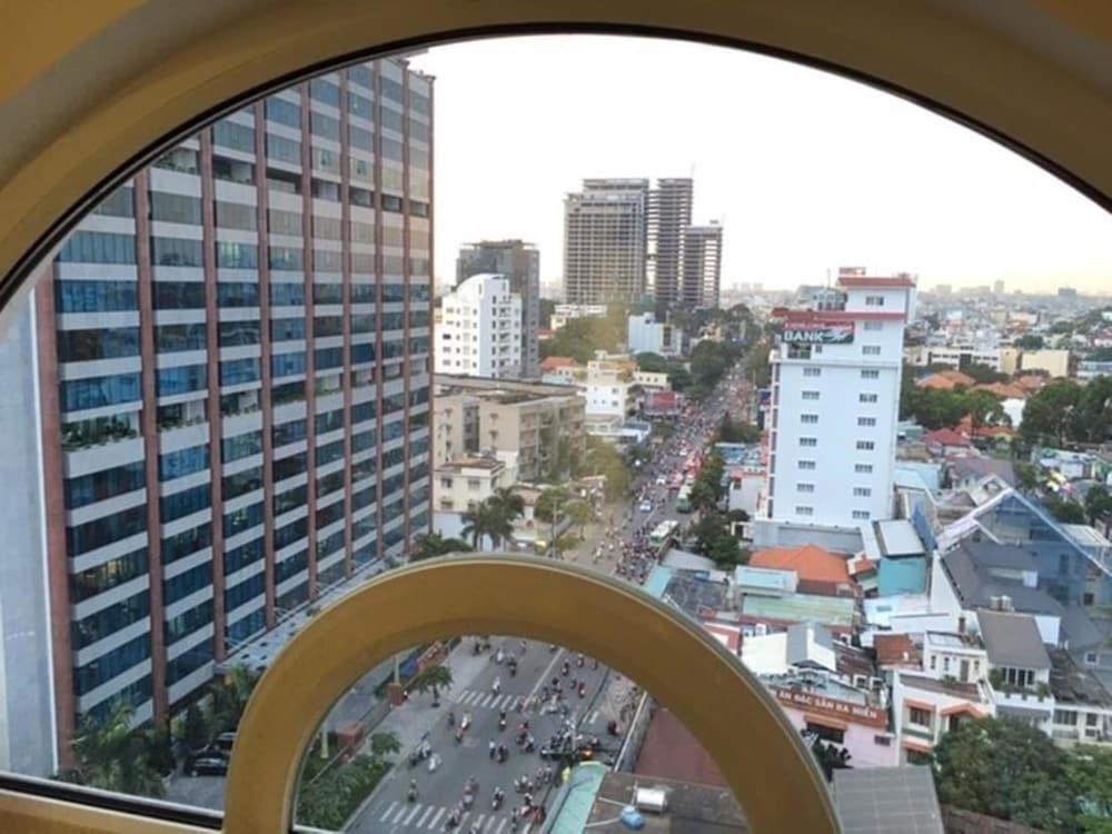 Grand Hotel Ho Chi Minh