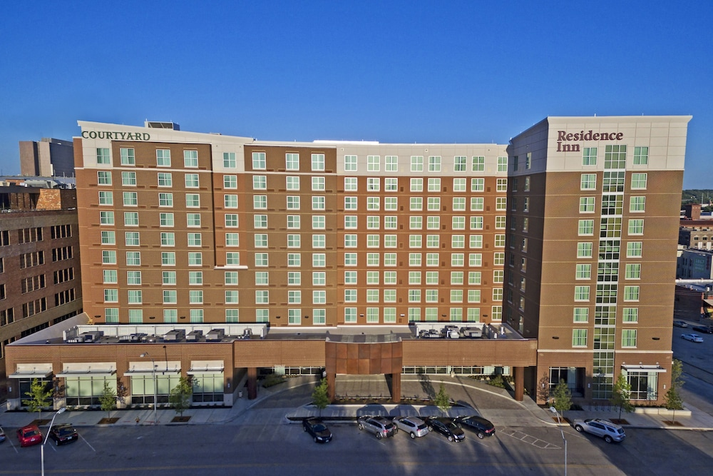 Courtyard By Marriott Kansas City Downtown Convention Center