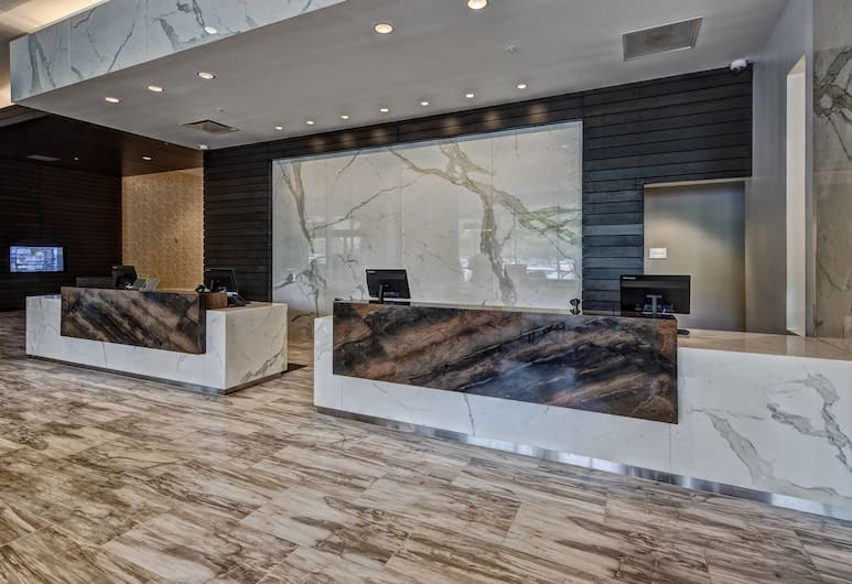 Residence Inn by Marriott Kansas City Downtown/ Convention, Kansas City, Reception
