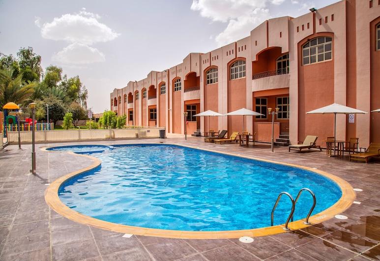 Asfar Resorts, Al Ajn, Venkovní bazén