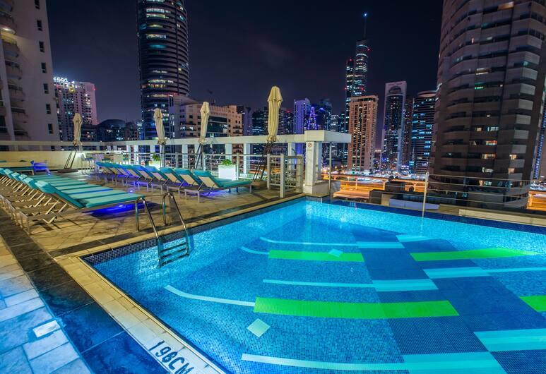 Marina Byblos Hotel, Dubajus, Baseinas ant stogo