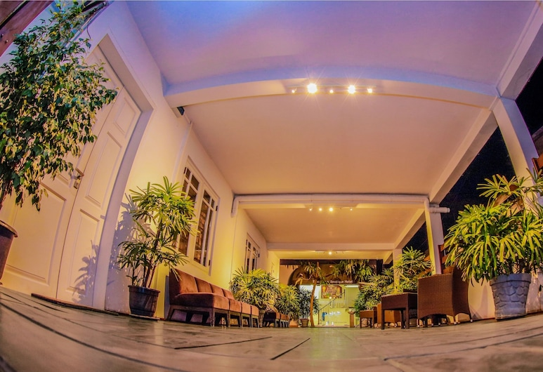 Blue Water Boutique Hotel, Negombo, Hotel Front