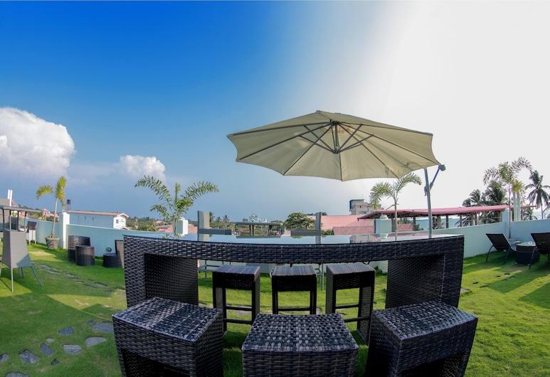Blue Water Boutique Hotel, Negombo, Garden