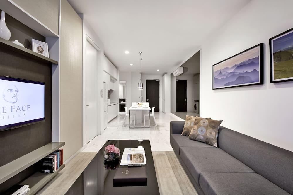 Deluxe Room, 2 Bedrooms - Living Area