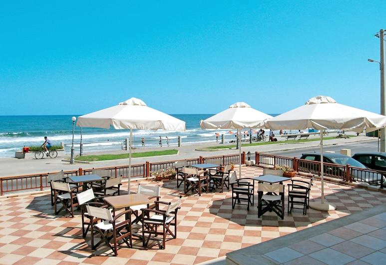 Blue Sea Hotel Apartments, Rethymno, Pantai