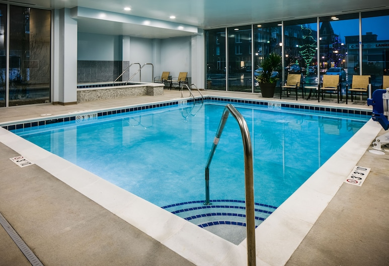 Staybridge Suites Des Moines Downtown, an IHG Hotel, Des Moines, Basen