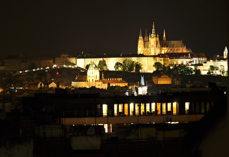 CENTRAL SPOT Prague Apartments, Prága, Comfort apartman, 1 hálószobával, konyharész, kilátással az udvarra, Szoba