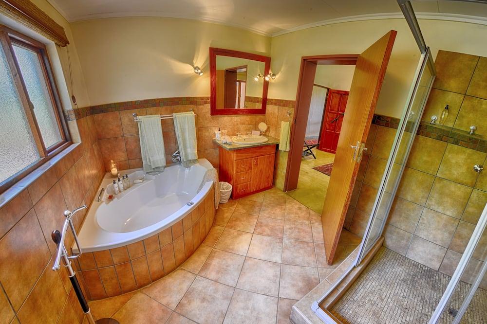 Deluxe Δωμάτιο (Twin Bedroom Chipo ) - Μπάνιο