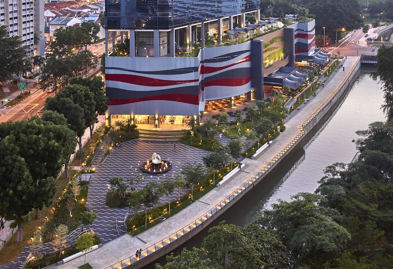 Hotel Boss, Singapore, Exterior