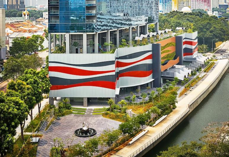Hotel Boss, Σινγκαπούρη
