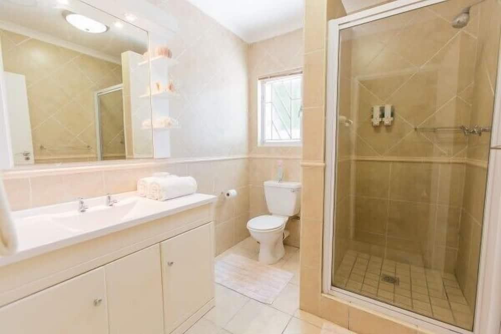 Номер (King Bedroom ) - Ванная комната