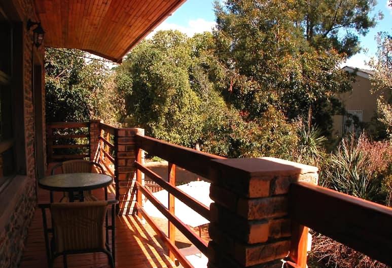 Highlands Lodge Guest House, Cape Town, Terrace/Patio