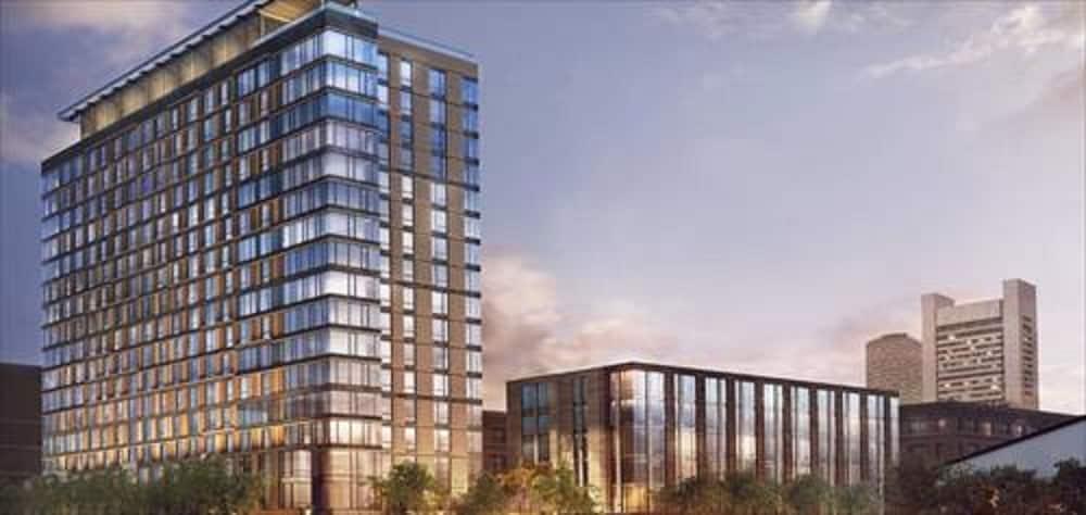 Global Luxury Suites at BCEC, Boston