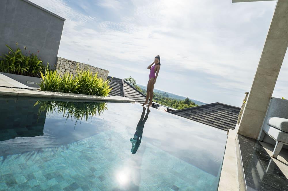 One Bedroom Ocean Villa with Free Benefits - Utsikt mot strand/hav