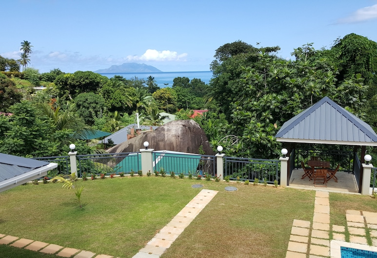 Bambous River Lodge, Mahe Island