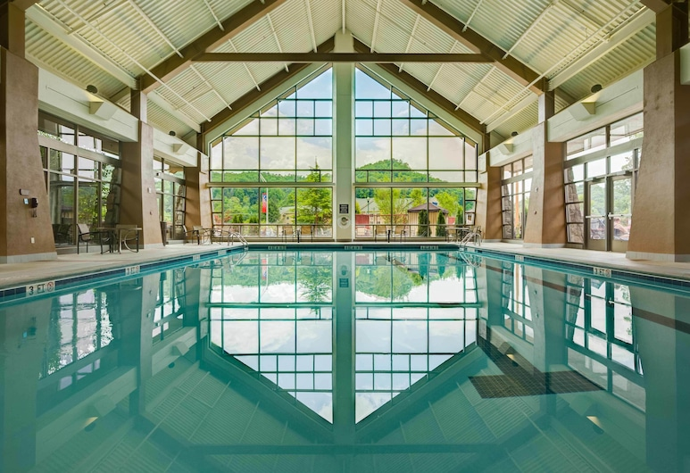 Harrah's Cherokee Casino Resort, צ'רוקי, בריכה מקורה