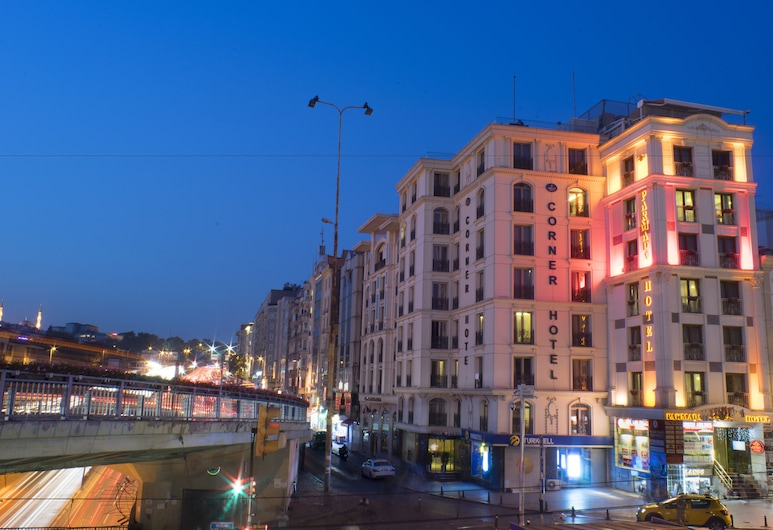 Parmada Hotel Old City, Istanbul, Hotel Front – Evening/Night