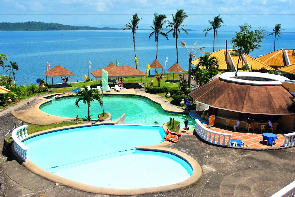Tacloban hotels and resorts 2018 world 39 s best hotels for Stars swimming pool tacloban city