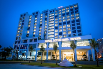 Enter your dates to get the Da Nang hotel deal