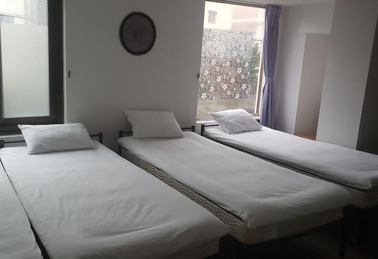 Petit Hotel Wakayama - Hostel, Wakayama, Oda (Private Family Group Room 3-5 person), Oda
