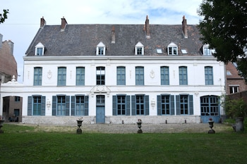 Picture of Hôtel de Warenghien in Douai