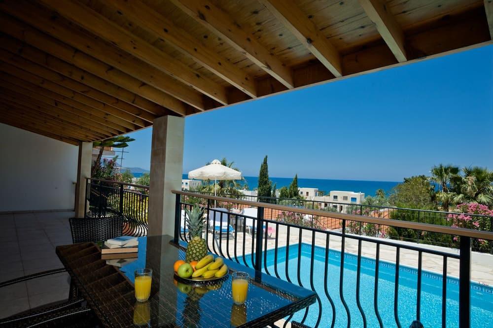 Villa, 3 Yatak Odası, Teras, Deniz Manzaralı - Balkon