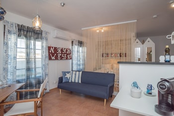 Picture of Y Quebedo - Concept Serviced Apartments in Setubal