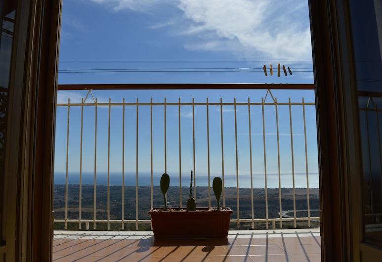 B&B Miravalle Agrigento, Agrigento, Panoramic-Apartment, Küche, Meerblick, Zimmer