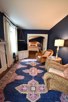 Picture of 34 State Historic Luxury Suites in Skaneateles