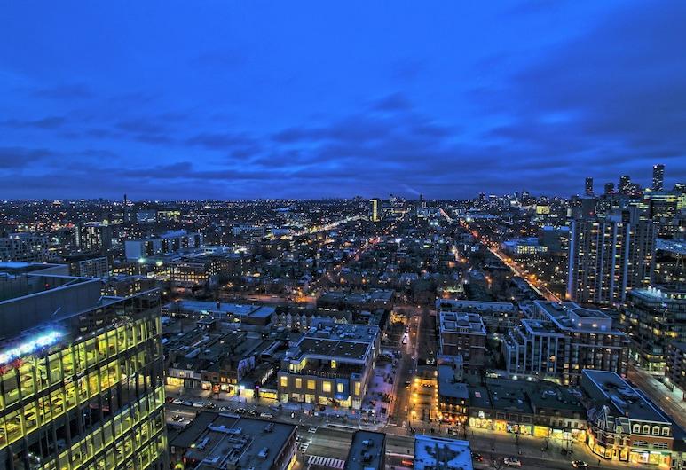 2 Bedroom and 1 Bedroom Spectacular Apartments, Toronto, Superior appartement, 2 slaapkamers, Uitzicht op de stad, Kamer