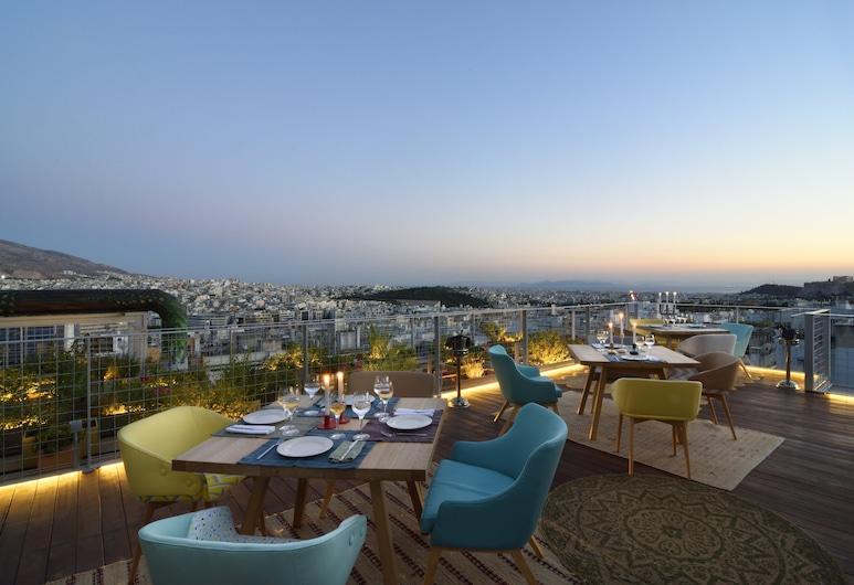 COCO-MAT Hotel Athens, เอเธนส์, ลานระเบียง/นอกชาน