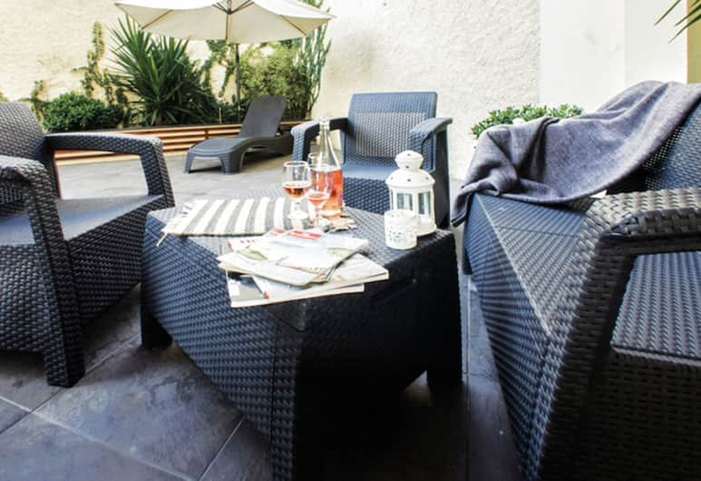 豐沙爾流行公寓飯店, 芳夏爾, 花園