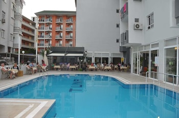 Picture of Kleopatra Tuna Apart Hotel in Alanya